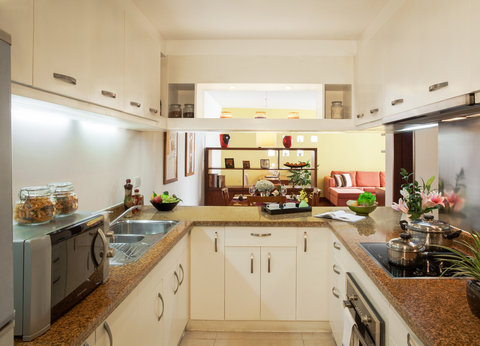Somerset West Lake - Kitchen of 2 Bedroom Executive