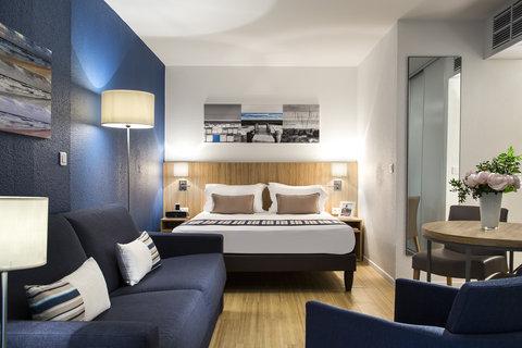 卡諾戛納馨樂庭酒店 - Living room of Studio Deluxe  Citadines Croisette Cannes