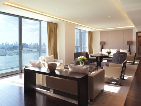 InterContinental RESIDENCE SUITES DUBAI F.C. - The Living and Dining Room of the Royal Suite