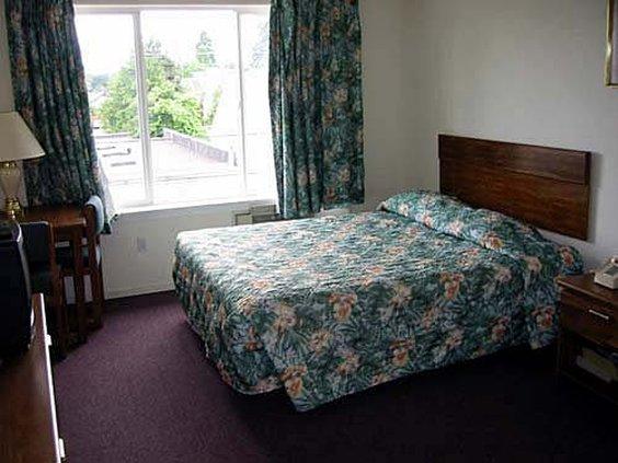Everspring Inn - Seattle, WA