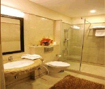 Hotel Parkland Safdarjung Enclave - Bathroom