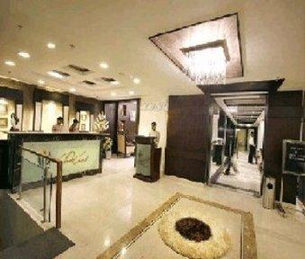 Hotel Parkland Safdarjung Enclave - Reception NLobby