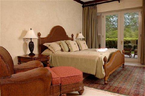 Los Suenos Rentals - Bella Vista Master Bedroom