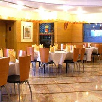 فندق زينيث سوكومفيت - Restaurant