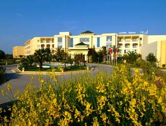 فندق رمادا بلازا تونس  - Exterior View