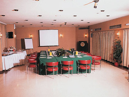 Mistral Hotel - Meeting Room