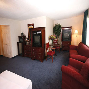 Point Plaza Suites