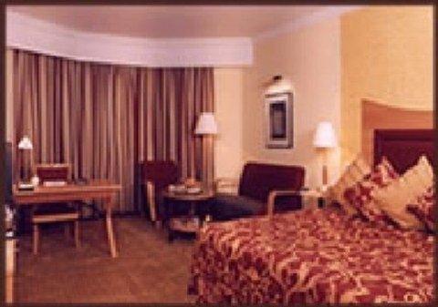 Cama Hotel - Guest Room F