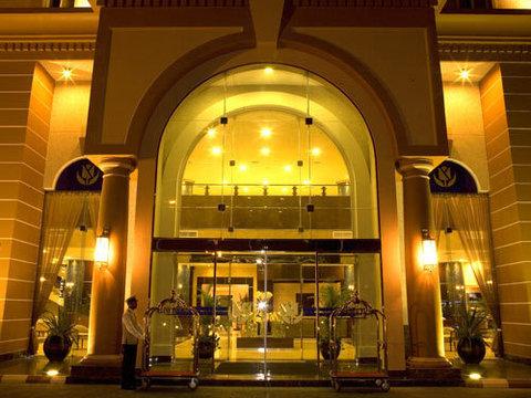 فندق جولدن توليب الخبر - Exterior