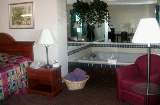Country Hearth Inn - Mexico, MO