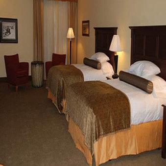 The Cody Hotel - Deluxe Queen Suite