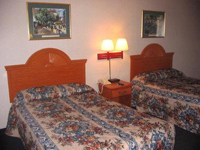 Star Express Inn - Valparaiso, IN