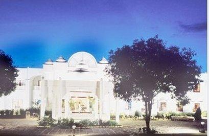 Usha Bundela Hotel - Exterior View