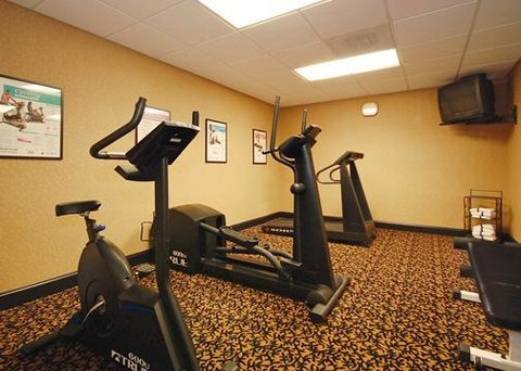 Comfort Suites at Harbison - exericise with cardio
