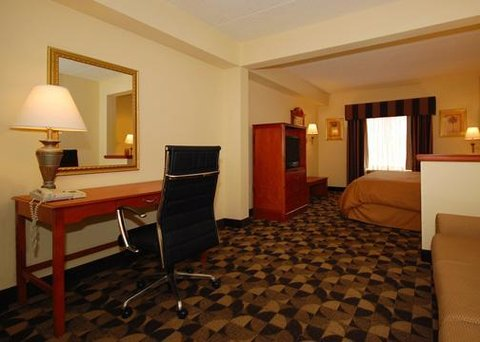 Comfort Suites at Harbison - Suite with sitting area  king bed