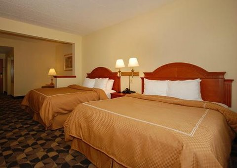 Comfort Suites at Harbison - Suite with king bed