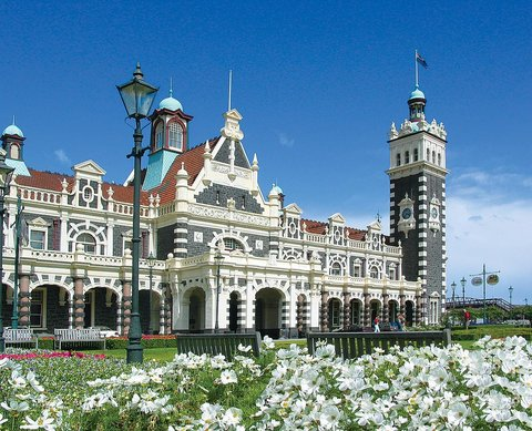 ASURE Dunedin & Academy Court Motels - Dunedin s Attractions
