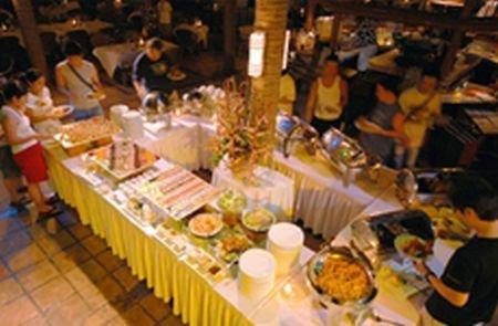 Fridays Boracay Resort - Dining