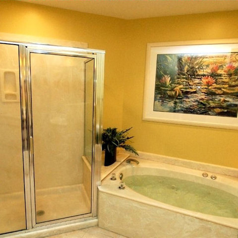Southwind Ii Townhomes At Shipy - Bathroom