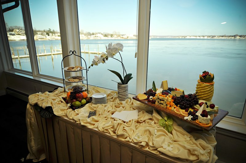 The Oyster Point Hotel - Red Bank, NJ