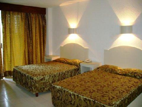 Auto Hotel Ritz - Room