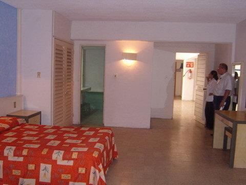 Maralisa Hotel And Beach Club - Guest Room