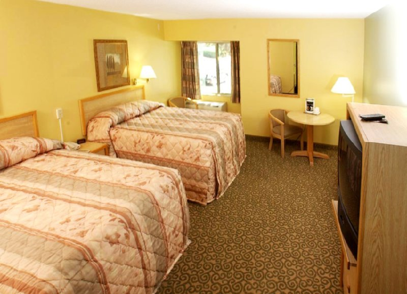 Valley West Inn - West Des Moines, IA