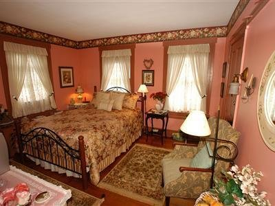 1825 Inn Bed & Breakfast