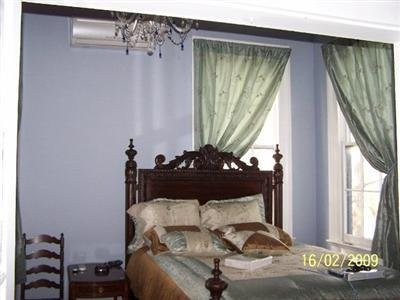 Oakview Bed and Breakfast - Guest Room -OpenTravel Alliance - Guest Room-