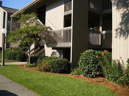 Broad Creek Guest Quarters Resort - Exterior -OpenTravel Alliance - Exterior View-