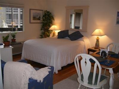 Broad Creek Guest Quarters Resort - Guest Room -OpenTravel Alliance - Guest Room-