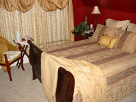The Wallace House Bed &amp; Breakfast