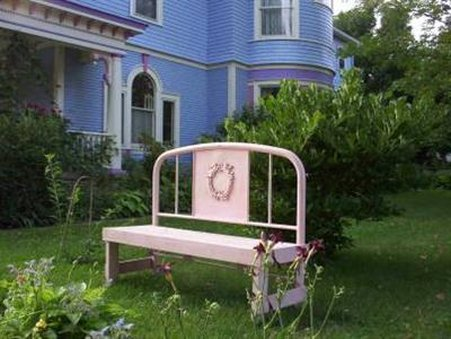 Blue Belle Inn Bed and Breakfast - Saint Ansgar, IA