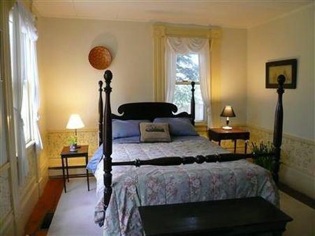 Le Vatout Bed & Breakfast - Waldoboro, ME