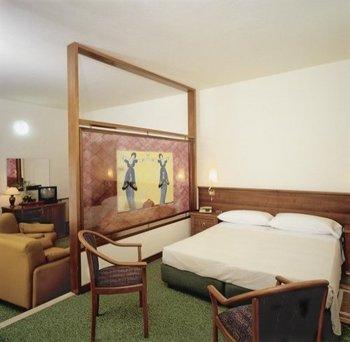 hotel mantegna meuble mantova italy hotels gds
