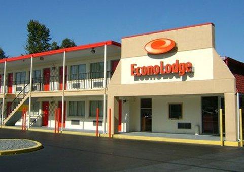 Econo Lodge North - Charlottesville, VA