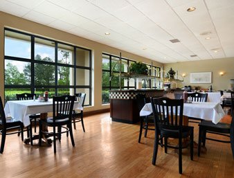 Ramada Hattiesburg - Breakfast Area