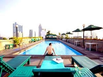 Unico Grande Silom - Swimming Pool