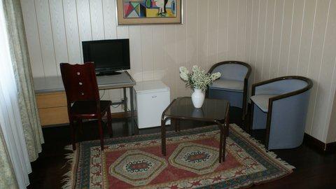 Bahn Hotel - Double Room