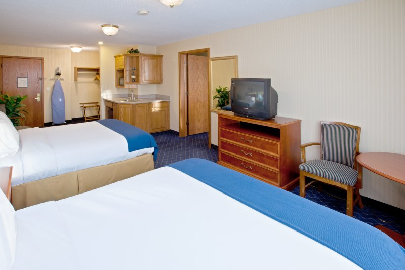 Holiday Inn Express FREMONT (ANGOLA AREA) - Fremont, IN