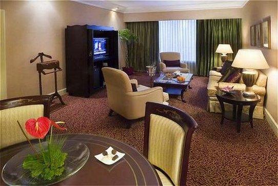 Crowne Plaza Hotel Jakarta 套间