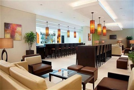 Holiday Inn Express Dubai-Safa Park Bar/lounge