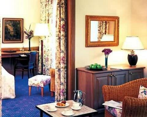 Critchley Hackle Lodge - Guest Room