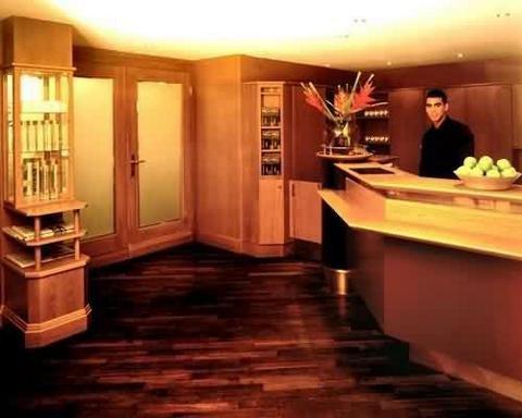 Critchley Hackle Lodge - Interior