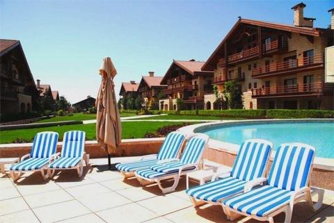 玛加尔黎巴嫩青山温泉度假洲际酒店 - Guest Patio