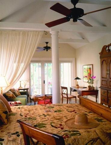 Marquesa Hotel - Bedroom