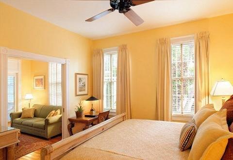 Marquesa Hotel - Guest Room