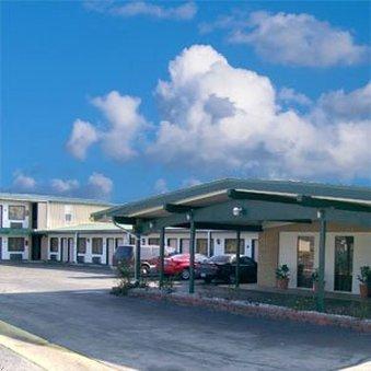 Budget Inn - Cassville, MO