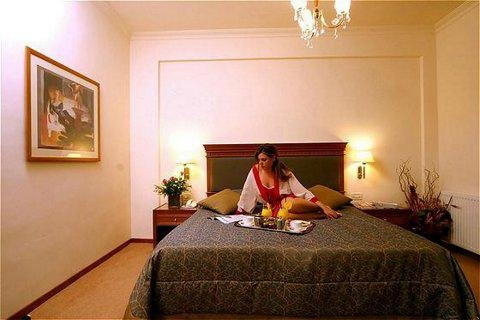 فندق وأجنحة جاكوزي أثينا أتريوم - Guest Room