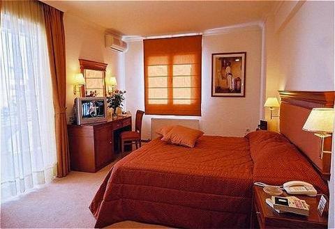 فندق وأجنحة جاكوزي أثينا أتريوم - Miscellaneous